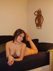 amateur girlfriend laughing and stripping