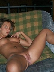 cell phone pics of naked women and girlfriends bet